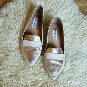 Steve Madden Rose Gold Leather Flats | Size 7.5